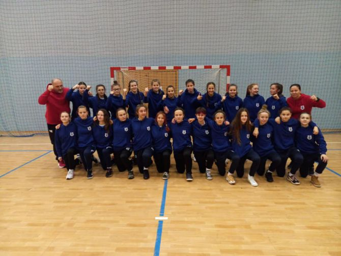 Awans piłkarek Akademii Sportu do młodzieżowych mistrzostw Polski w futsalu