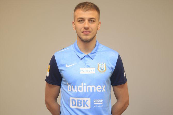 Stomil dokonał 1 transferu. Wypożyczył piłkarza Lecha